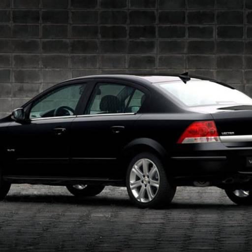 Comprar o produto de Vectra Preto em Vectra pela empresa TransFox - Transporte Executivo em Jundiaí, SP por Solutudo