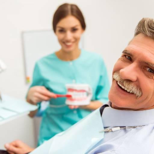 Comprar o produto de Odontogeriatria em Odontologia pela empresa Dra Gabriela Antunes Silva CRO-SP 88092 em Botucatu, SP por Solutudo