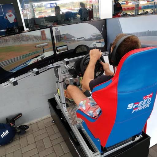 Simuladores por Speed Park - Kartódromo Internacional