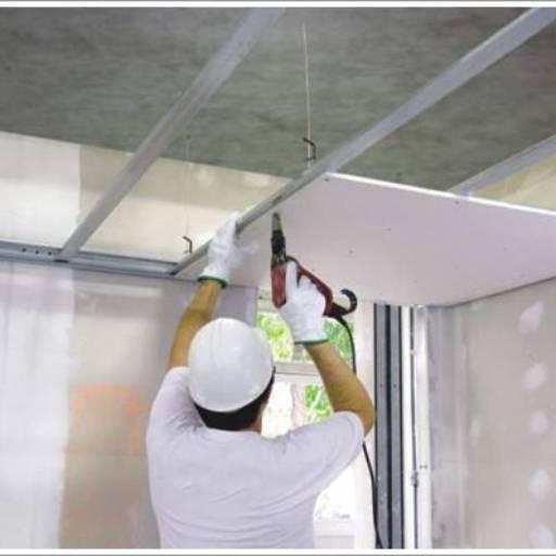 Drywall - Gesso em Atibaia, SP por Maxcon Casa e Construção