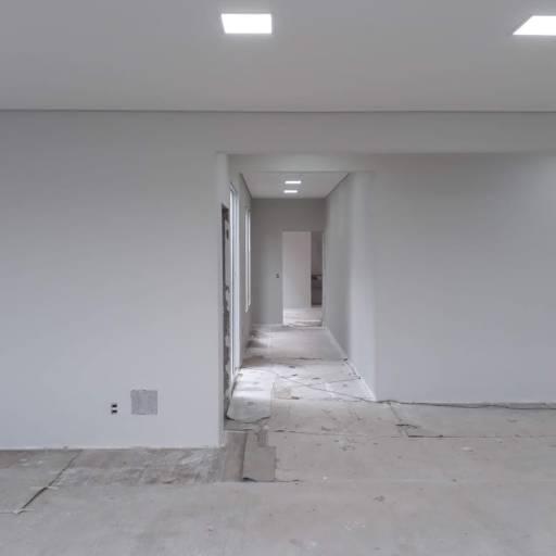 Pintura imobiliária por Romão Elétrica e Pintura