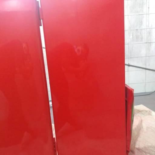 Restauração da pintura de geladeira antiga por Mendonça & Equipe