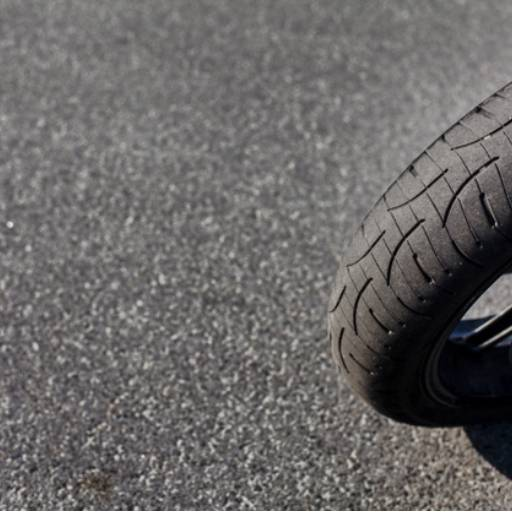 Troca de pneu de moto por Didha Borracharia