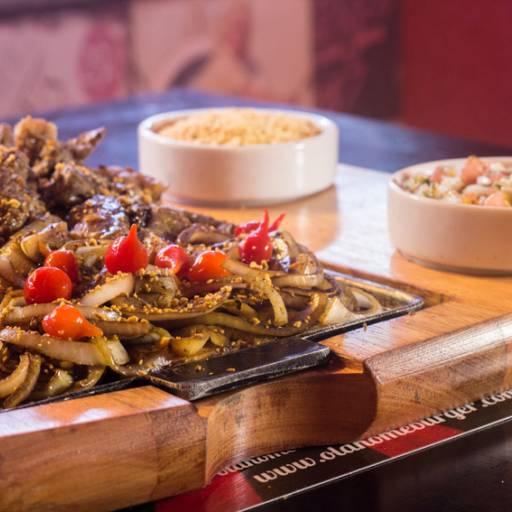 Porção • Filet Mignon Angus Acebolado em Atibaia, SP por Old Home Burger Gourmet