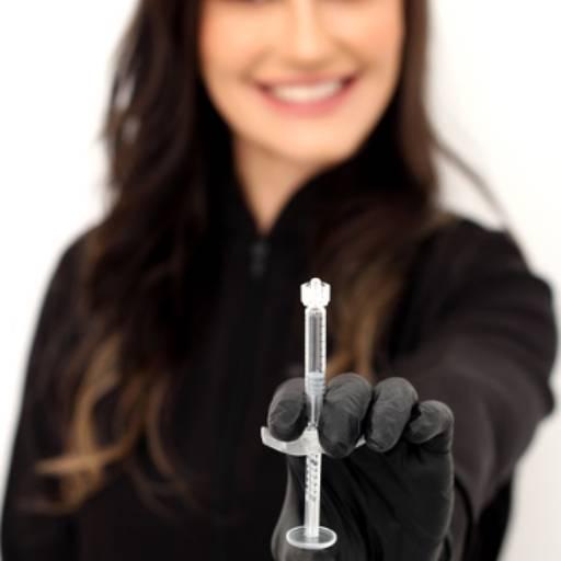 Comprar o produto de Harmonização Facial em Odontologia pela empresa Clínica Odontosense CRO 021470 - Dr. Gilberto Martin Filho - Clínico Geral - CRO 78.621 - Resp. Téc. em Botucatu, SP por Solutudo