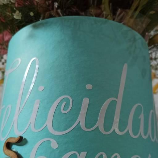 Box Tiffany  em Foz do Iguaçu, PR por Floricultura 24hr Flores & Festas