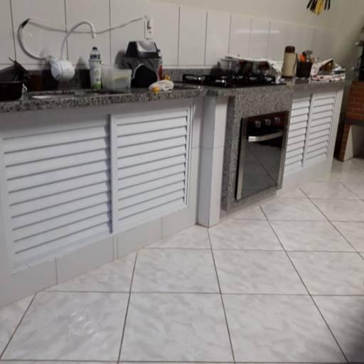 Comprar o produto de Fechamento de Pia em Alumínio em Casa, Móveis e Decoração pela empresa André Vidros em Tietê, SP por Solutudo