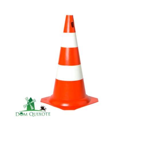 Cone Rígido 50cm - Laranja e Branco em Jundiaí, SP por Dom Quixote Equipamentos de Proteção Individual