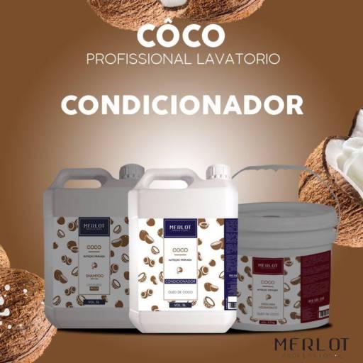 CONDICIONADOR COCO MERLOT GALÃO 5 LITROS por Maryton Cosméticos e Acessórios