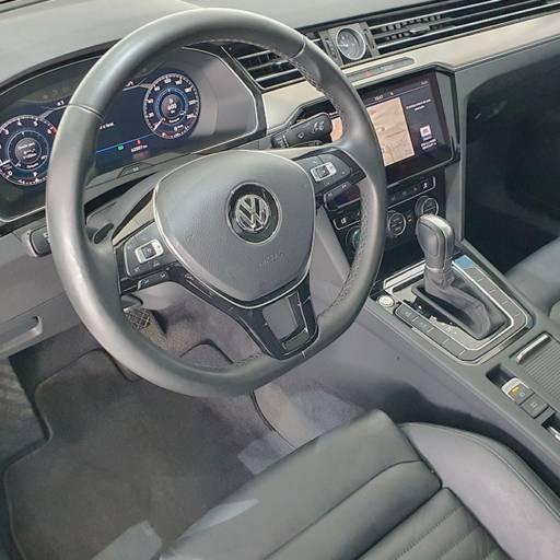 VOLKSWAGEN PASSAT 2.0 16V 4P TSI TURBO AUT. - 2018/2018 em Botucatu, SP por Seven Motors Concessionária