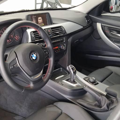 BMW 320I – 2.0 SPORT 16V TURBO ACTIVE FLEX 4P AUTOMÁTICO 2015 em Botucatu, SP por Seven Motors Concessionária