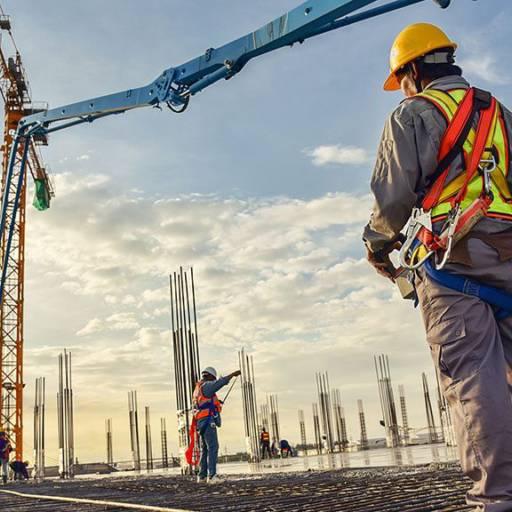 PCMAT – Programa de Construção do Meio Ambiente de Trabalho (NR 18) por CESMET - Centro Especializado em Segurança e Medicina do Trabalho