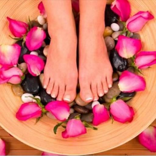 Comprar o produto de Spa dos pés em Podologia pela empresa Laura Podóloga em Atibaia, SP por Solutudo