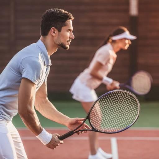 Comprar o produto de Aulas em grupo (Com 4 pessoas) em Aulas de Tennis pela empresa Léo Tennis em Atibaia, SP por Solutudo