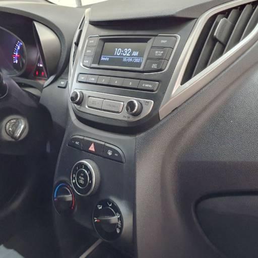 HYUNDAI HB 20 HATCH 1.6 16V 4P FLEX COMFORT- 2017 em Botucatu, SP por Seven Motors Concessionária