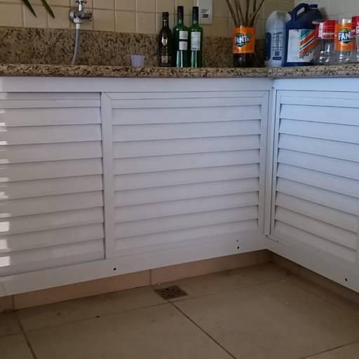 Comprar o produto de Armário de cozinha com fechamento em aluminio em Casa, Móveis e Decoração pela empresa André Vidros em Tietê, SP por Solutudo