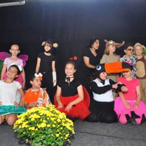 Comprar o produto de Teatro em Colégios e Escolas pela empresa EIPG - Escola Internacional Preparando Gerações (Sede) em Atibaia, SP por Solutudo