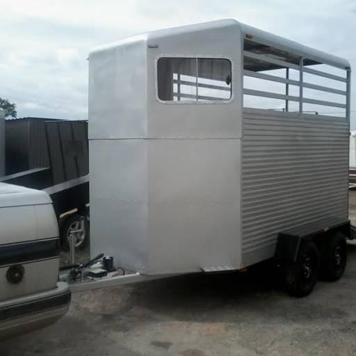 Comprar o produto de Carretinha Reboque Para 2 Cavalos em Carretas pela empresa BODE Carretas e Engates em Tietê, SP por Solutudo